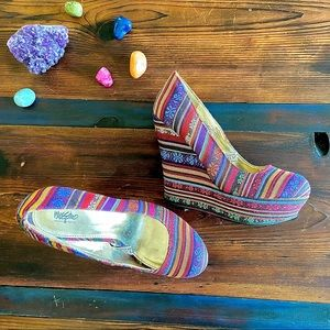 Mossimo Textile Multi-Color Fabric Wedges 7